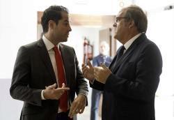 Los candidatos de Cs, Ignacio Aguado, y del PSOE, Ángel Gabilondo.