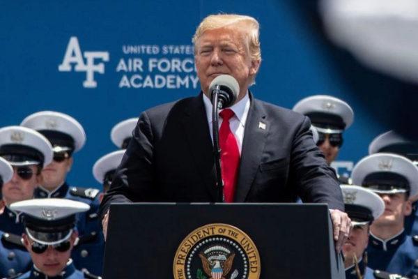 Donald Trump, en la Academia de la Fuerza Aérea.