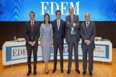 Manuel Palma, Hortensia Roig, José María Álvarez-Pallete, Juan Roig y Antonio Noblejas, ayer, en la clausura del 15x15 de EDEM.