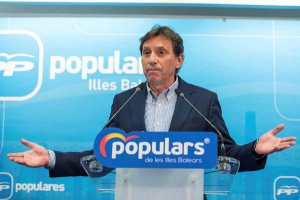 El ex alcalde Mateo Isern.