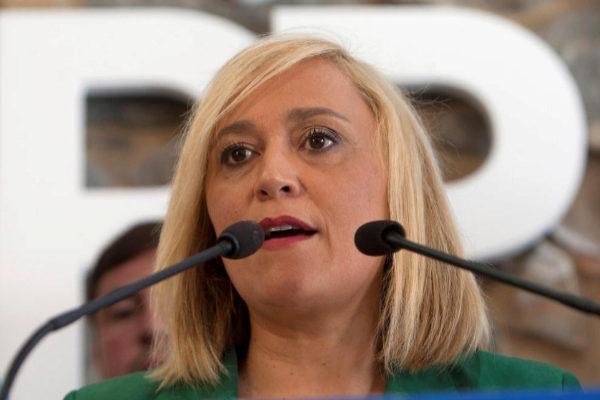 Elena Muñoz, durante el anuncio de su dimisión como líder del PP de Vigo.