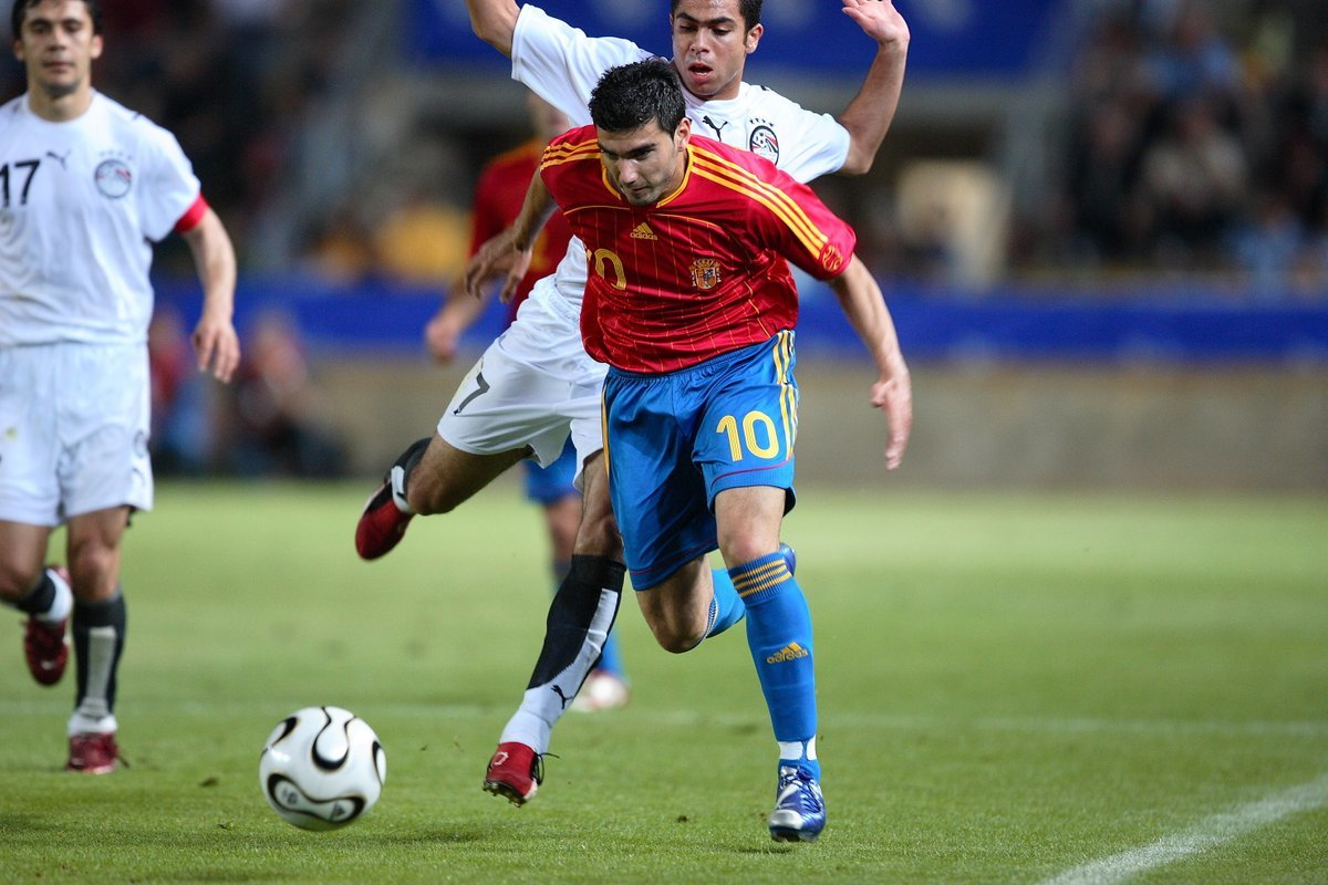 José Antonio Reyes durante un partido con la selección española de...