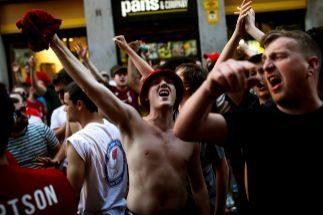 Cinco hinchas ingleses detenidos en Madrid por agresiones a policías