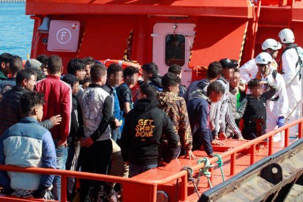 Desmanteladas cuatro redes de tráfico de menores inmigrantes hacia España