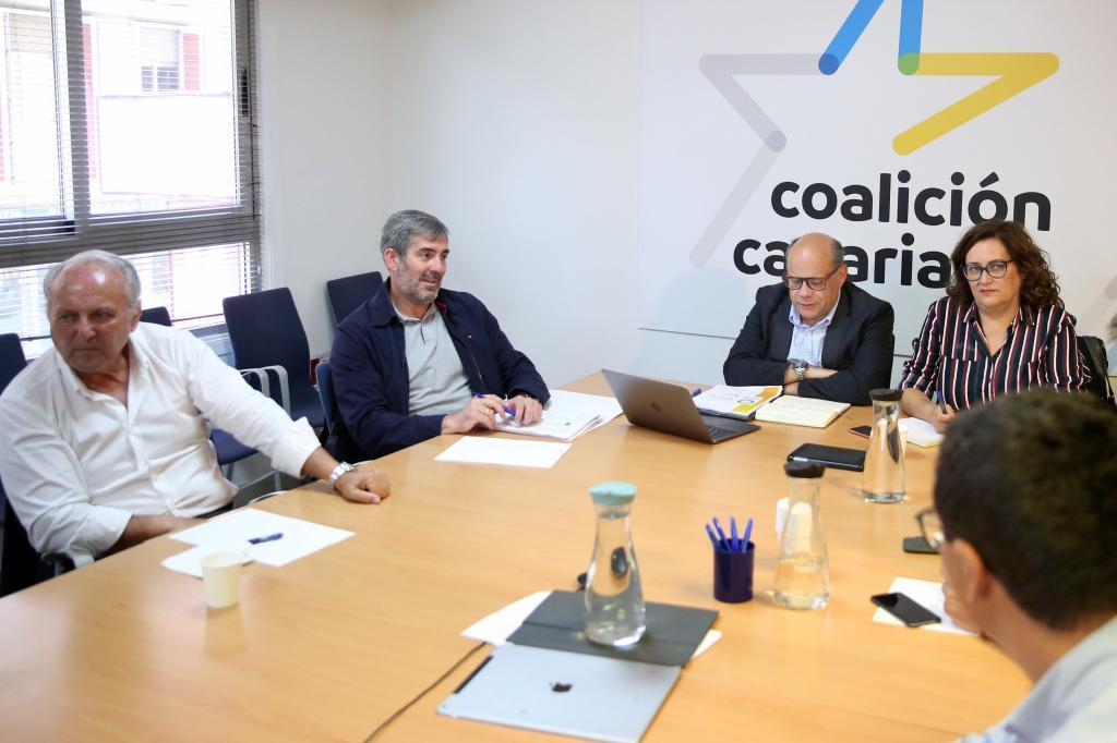 Reunión del Comité nacional de Coalición Canaria tras el 26-M.