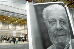 Homenajea Luis García Berlanga de los estudios Ciudad de la Luz.