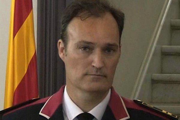 Eduard Sallent sustituye a Miquel Esquius al frente de los Mossos d'Esquadra.