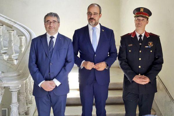Eduard Sallent junto al conseller Miquel Buch y el director de los Mossos, Andreu Martínez