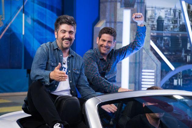 Los hermanos David y José Muñoz, integrantes de Estopa, en El Hormiguero en Antena 3, donde José confesó que se puso bótox en las axilas para no sudar