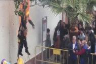 Imagen del vídeo tomado durante la quema del muñeco en Coripe.
