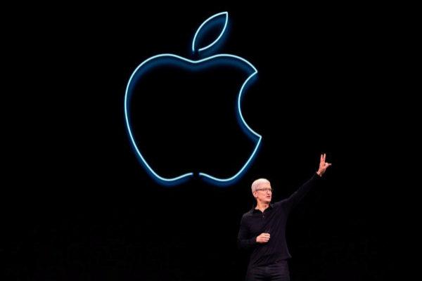 Tim Cook, CEO de Apple, en la presentación de este lunes en California.