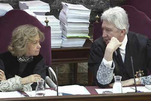Los fiscales Consuelo Madrigal y Fidel Cadenal, en el juicio del 1-O
