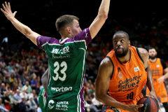 El Valencia Basket gana a Unicaja y pasa a semifinales