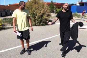 Aranda y Bravo, a su salida de la prisión de Zuera.