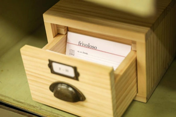 Caja con palabra en el Instituto Cervantes de Madrid