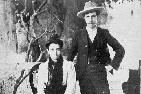 Marcela y Elisa/Mario en Oporto, adonde huyeron en 1901 tras contraer matrimonio en una iglesia de A Coruña.