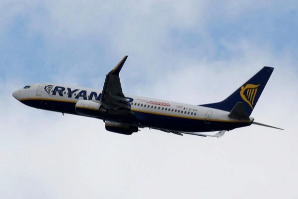 A <HIT>Ryanair</HIT> commercial passenger jet takes off in Blagnac near Toulouse