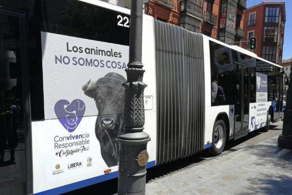 """Es irresponsable asociarse al animalismo"""
