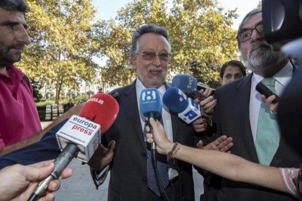 El ex vicealcalde de Valencia, Alfonso Grau, en la Ciudad  de la Justicia de Valencia.