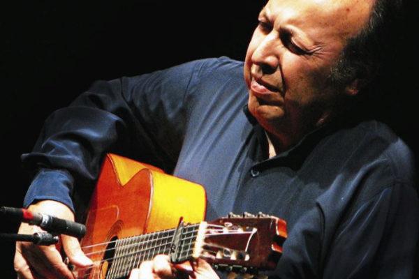 El guitarrista Paco Cepero en una pasada actuación.