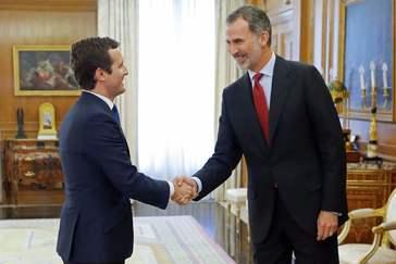 Casado bendice que UPN facilite la reelección de Pedro Sánchez