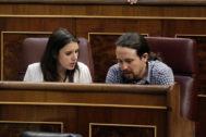 Montero e Iglesias, en el Congreso, el único escenario donde se les puede fotografiar juntos.