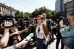María Chivite, candidata socialista al Gobierno navarro, a su llegada a la reunión.