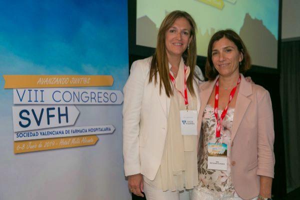 Las presidentas del Comité Científico, Amparo Talens y del Comité Organizador, Rosa Fuster, en el congreso.