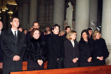 Carmen Franco rodeada por sus hijos en una imagen de archivo