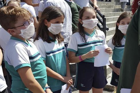 Los alumnos del San Viator, en una protesta.