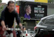 Un anuncio en las calles de San Francisco busca el apoyo ciudadano para dividir el negocio de las grandes compañías digitales