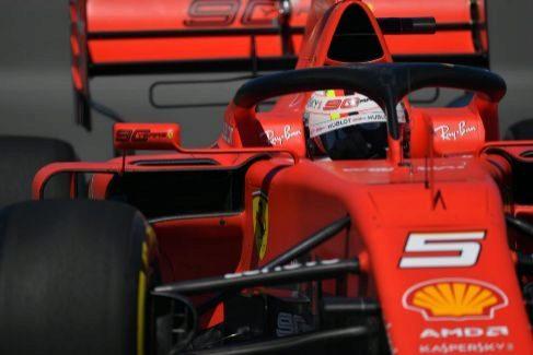 Un alivio para Vettel en forma de 'pole'