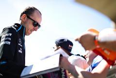 Kubica alimenta el debate: ¿Hay hueco en la F1 para un piloto con tantas secuelas?