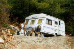 La caravana en la que habita una familia de Ibiza con tres menores.
