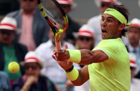 Roland Garros: Furiosa reacción de Nadal, que gana el tercer set ante Thiem