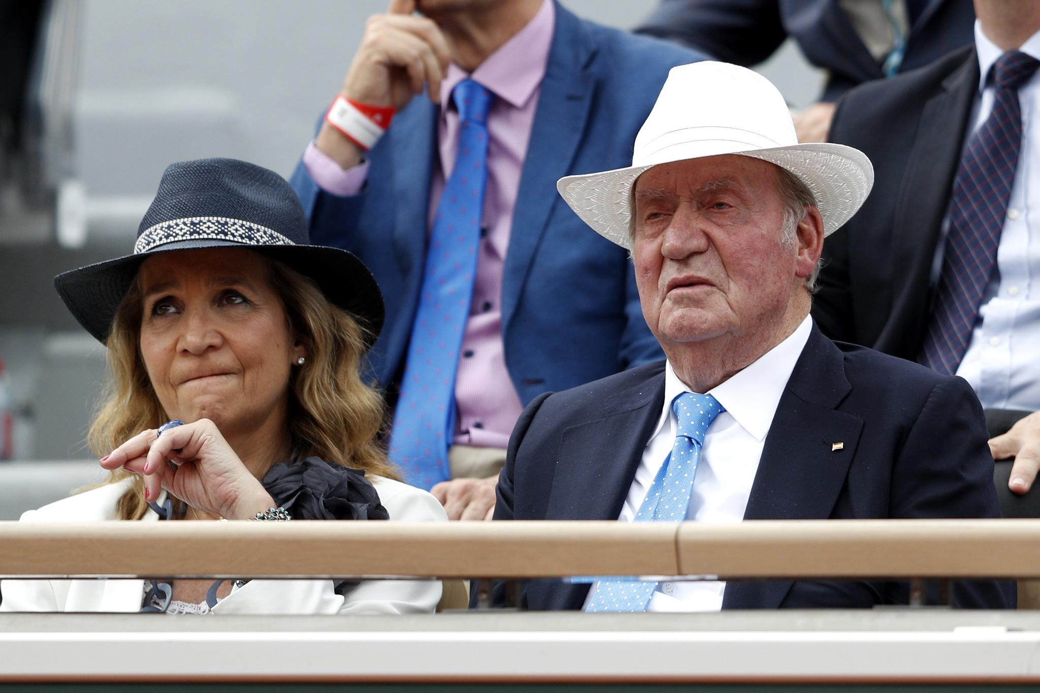 El rey Emérito <strong>Juan Carlos I</strong> y su hija <strong>Elena de Borbón</strong>