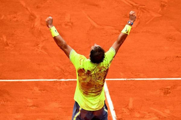 Rafa Nadal celebra su triunfo en la final de Roland Garros
