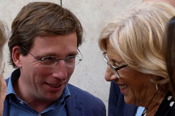 José Luis Martínez-Almeida y Manuela Carmena.