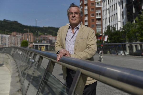 """Javier Martín: """"Mantener el control del banco pone en peligro la obra social de las fundaciones bancarias"""""""