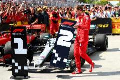 Una sanción a Vettel abre el triunfo más polémico de Hamilton