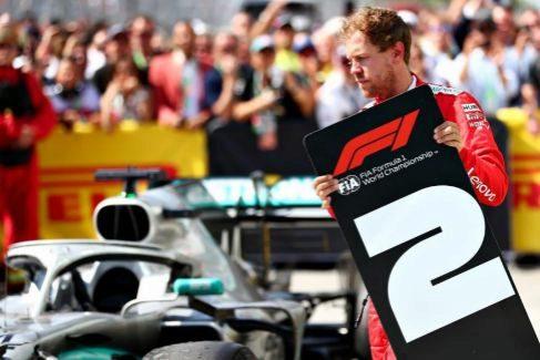 """La escena de la indignación de Vettel en Montreal: """"Nos han robado"""""""