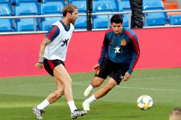 GRAF5971. MADRID.- Los jugadores de la selección española de...