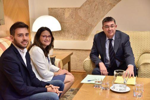 Fran Ferri, Mónica Oltra y Enric Morera, hoy en las Cortes.