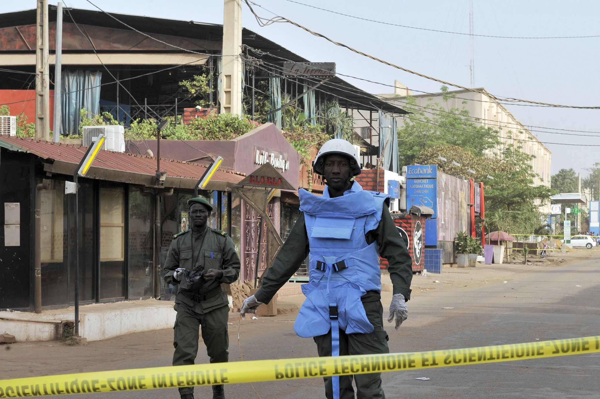 Dos agentes de policía de Mali, en una imagen de archivo, en Bamako.