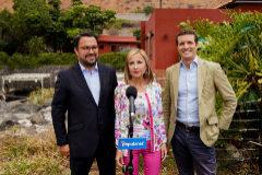 ablo Casado visita la isla en la campaña electoral. Elecciones autonómicas y municipales 26-M. Junto a María.