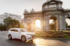 Mitsubishi Outlander PHEV, el híbrido enchufable más demandado en España.