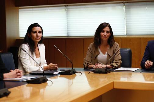 Isabel Díaz Ayuso y Rocío Monasterio, en la Asamblea de Madrid