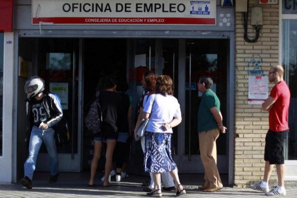"""Bruselas y el sector digital alertan del """"preocupante"""" retraso de España para afrontar el empleo del futuro"""