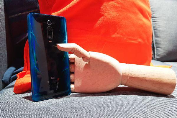 Xiaomi Mi 9 T, un móvil con cámara periscopio por 329 euros