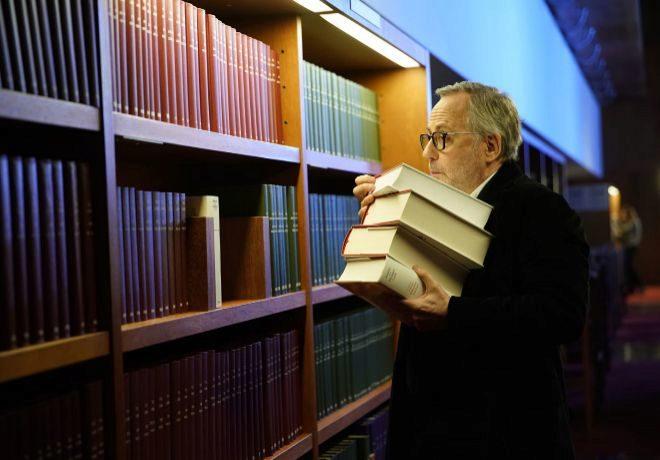 La biblioteca de los libros rechazados: intriga literaria